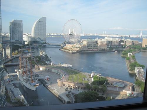 横浜の半月型ホテル、グランド インターコンチネンタルホテルと新しいThinkPad  X1 Carbon